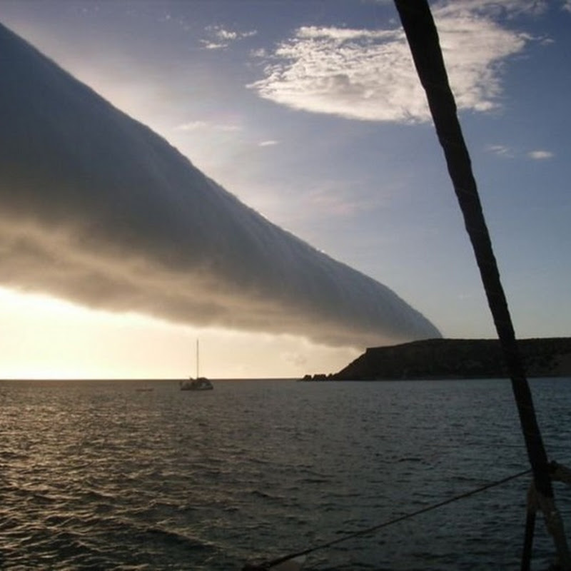 Mysterious Morning Glory Cloud Formation