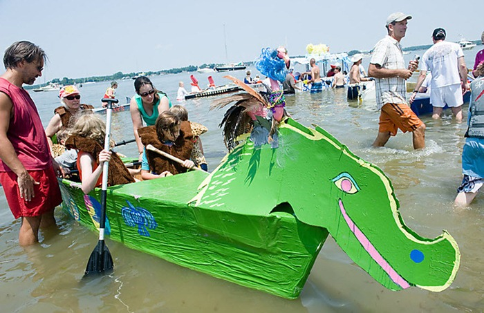 cardboard-boat-race (5)