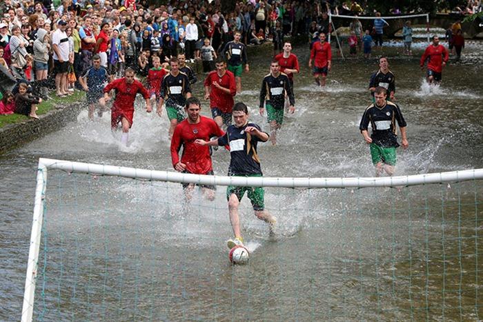 river-football (5)