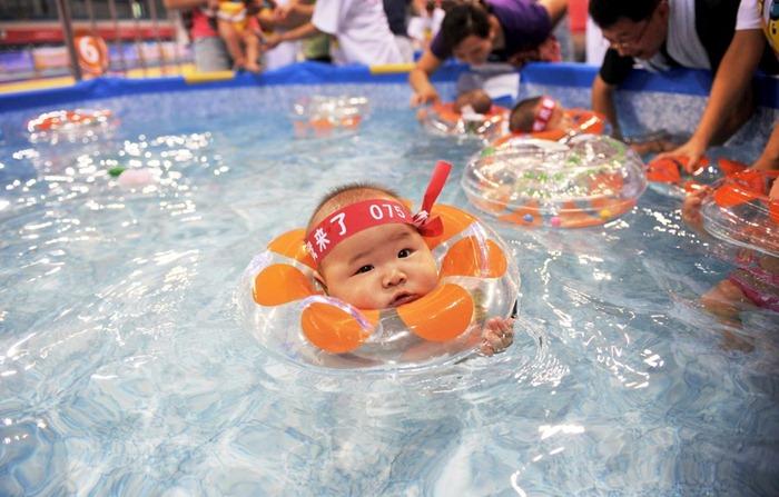 swimming-babies-china (1)