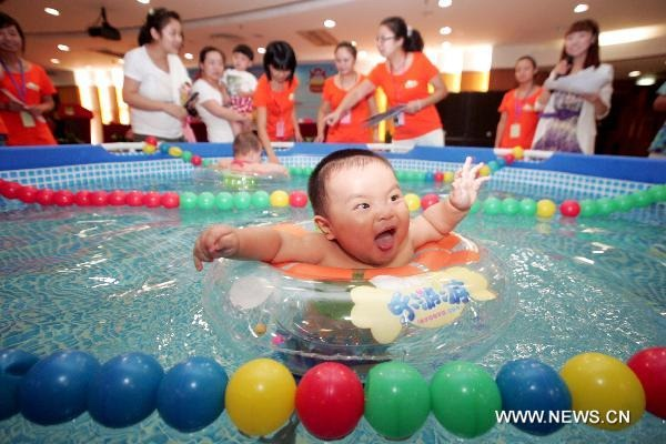 swimming-babies-china (1)
