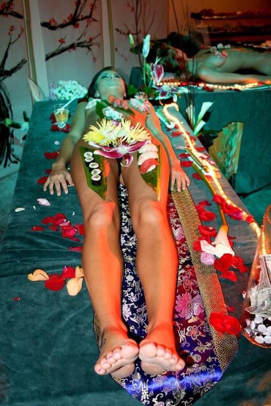 naked-body-sushi (18)