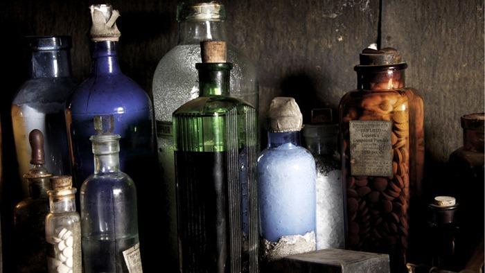 scott-hut_medicines