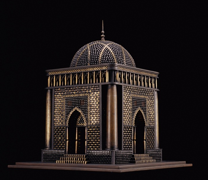 al-farrow-mausoleum-2-b