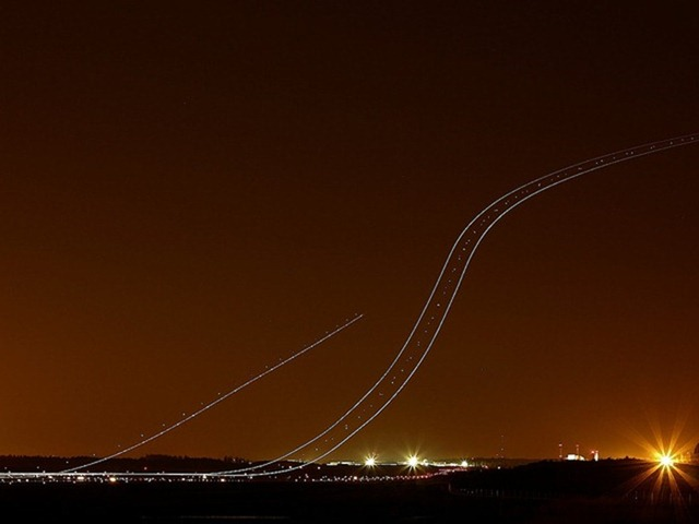 long-exposure-airplane8