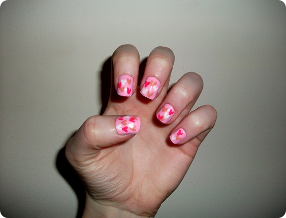 HEART NAILS 1