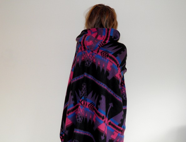 ASOS AZTEC CAPE 6