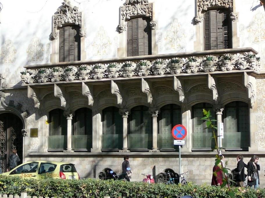 Casa macaya barcelona modernista i singular - Casa modernista barcelona ...