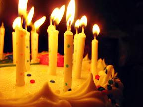 Felices cumpleaños.