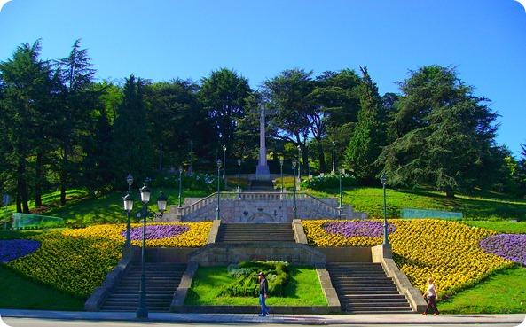 Vista do Monte Castro desde a Avenida das Camelias