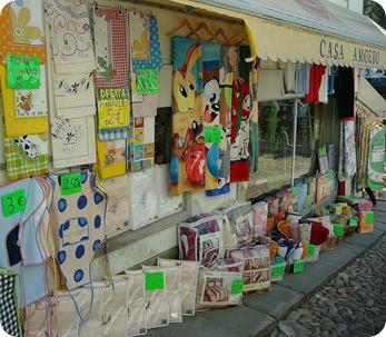 Produtos expostos de uma das lojas