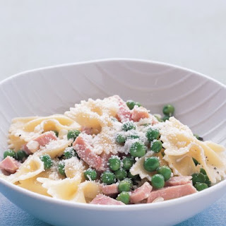 Bow-Ties with Peas and Ham