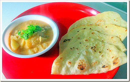 Naan with aloo kurma 2