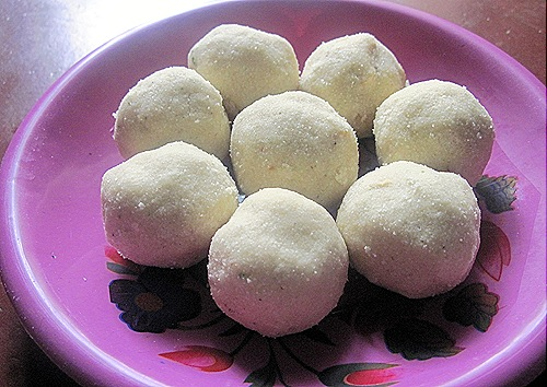 RAVA LADOO