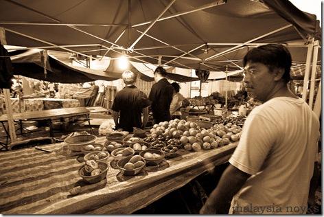 Satok market, kuching 13