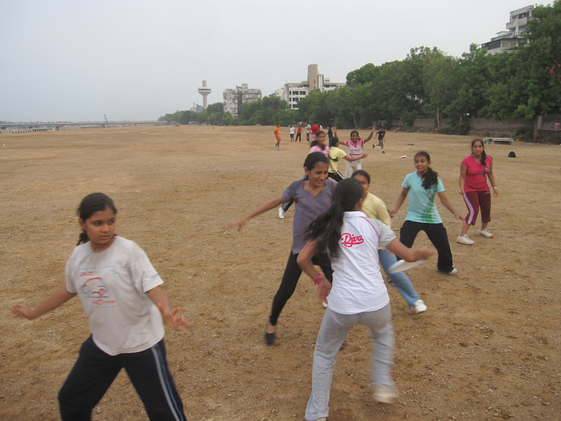 Alex Budak - volunteering in India