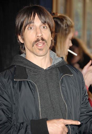 Fotos de Anthony Kiedis ♥ - Página 5 28