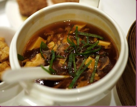 shang palace hot and sour soup