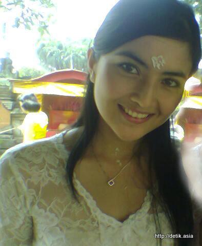 Foto Ida Ayu Kadek Devi - Sungguh Cantik Ni Cewe