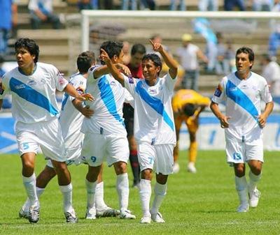 Puebla venció 4-1 a Tigres