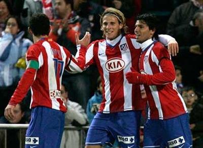 Atlético de Madrid vence 4-0 a Racing de Santander en  partido de ida