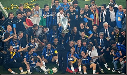 Inter de Milán celebrando el triunfo