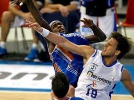 Menorca Basquet enfrenta al  Valencia Basket Club