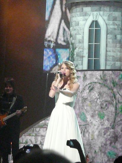 Taylor Swift - for blog - 10