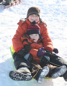 Sledding in MN Dec 2010 (15)