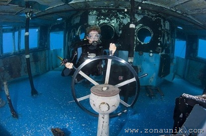 coolbeautifulprofessionalphotosremainsShipwrecksworldoceanseafloor2