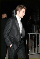 robert-pattinson-oscar-party-01
