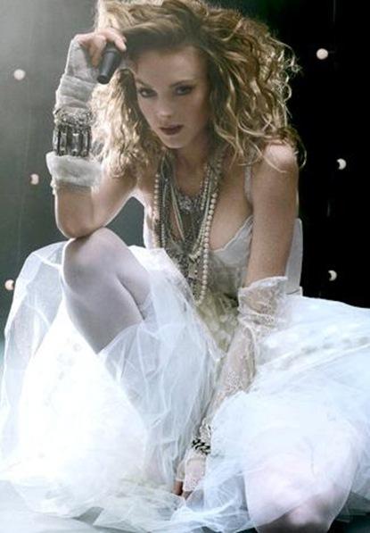 lindsay-lohan-as-madonna-glamour-2