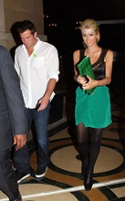 Paris Hilton y Doug Reinhardt en Las Vegas