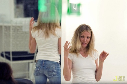 cameron-diaz-salon-03