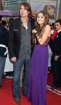 Billy Ray Cyrus and Miley Cyrus attends 'Hannah Montana:The Movi