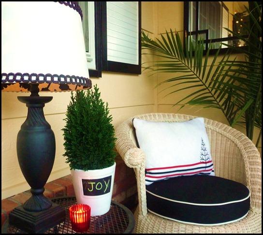 christmas porch 2010 013