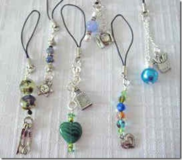 group_cellphone_charms