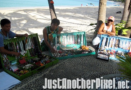 Sellers of trinkets and souvenirs at Saud Beach in Pagudpud - JustAnotherPixel.net