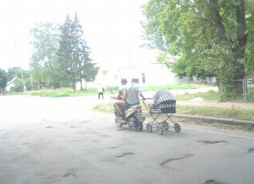 http://lh4.ggpht.com/_bKN77pn74dA/SqB3tOTrgWI/AAAAAAAACfQ/yLOBlCS4dTY/bad_parenting_2.jpg