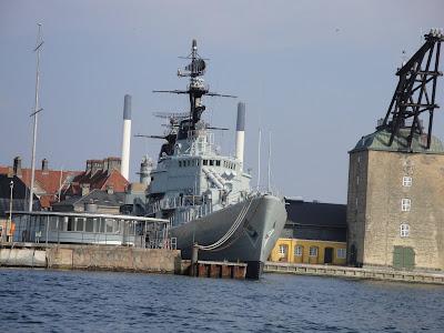 Ex-barco de la Marina Danesa (Cuidado con los misiles!!)