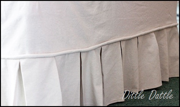Box-Pleat-slip-cover
