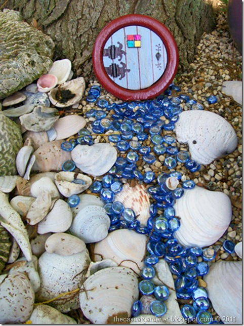 A Fairy Garden Entry and Alternative Idea for Traditional Wood ...