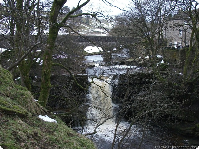 burtreeford waterfall and bridge