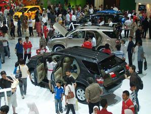 toyota: resale value, harga jual kembali, mobil baru, mobil seken
