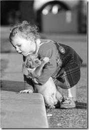 bebe e cachorrinho lindoooo