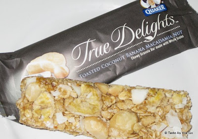 Quaker True Delights - Toasted Coconut Banana Macadamia Nut Bar - Photo by Taste As You Go
