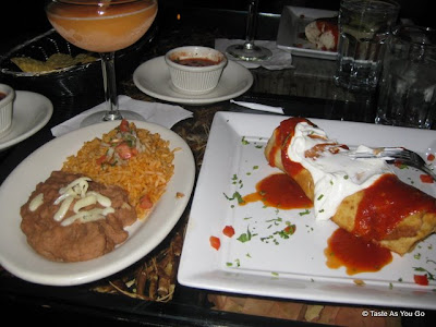 Chimichanga-Special-La-Cocina-New-York-NY-tasteasyougo.com