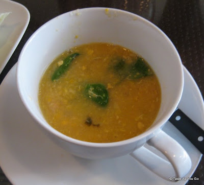 Soup-of-the-Day-Ihawan2-Long-Island-City-NY-tasteasyougo.com