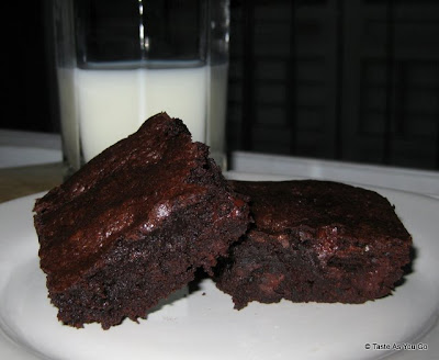Triple-Chocolate-Chunk-Brownies-tasteasyougo.com
