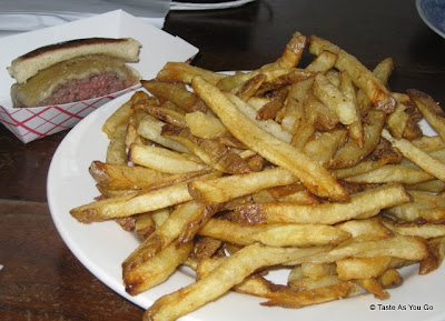 Sliders-French-Fries-Zaitzeff-New-York-NY-tasteasyougo.com